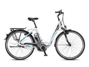 Modernes E-Bike beim Fahrrad-Verleih